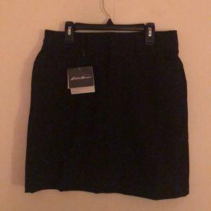BNWT Super cute Eddie Bauer skirt with shorts